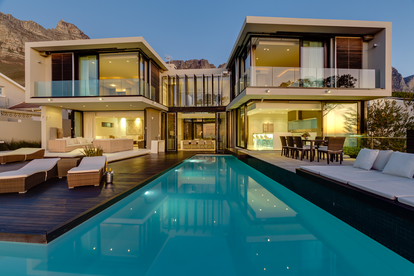 Luxury holiday rentals in cape town south africa capsol for Exclusive house